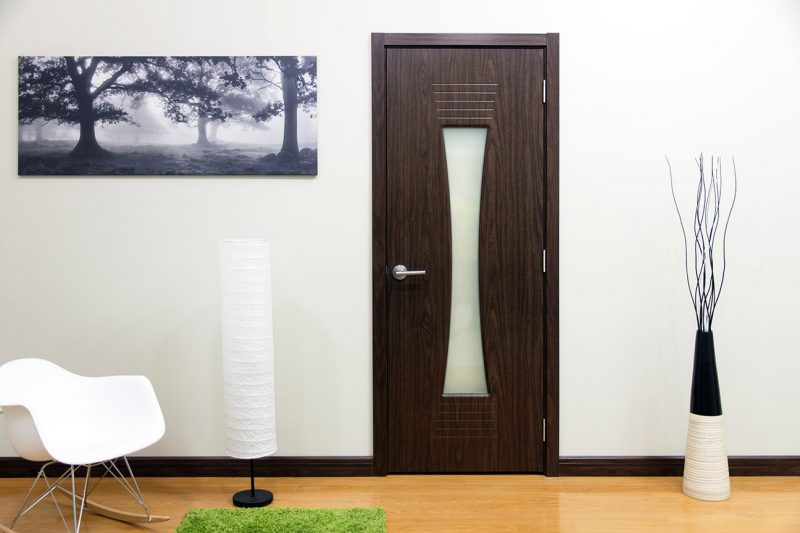 Межкомнатная дверь с ламинированным покрытием